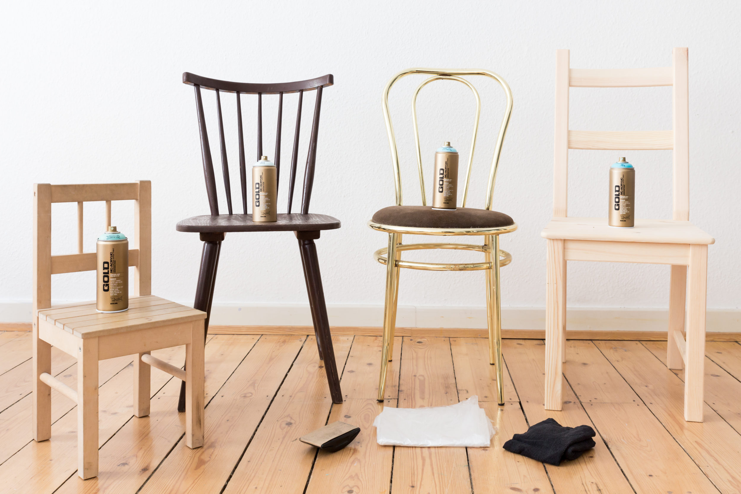 Gradient Wooden Chairs – HOW TO CREATE A BOUTIQUE OMBRÉ