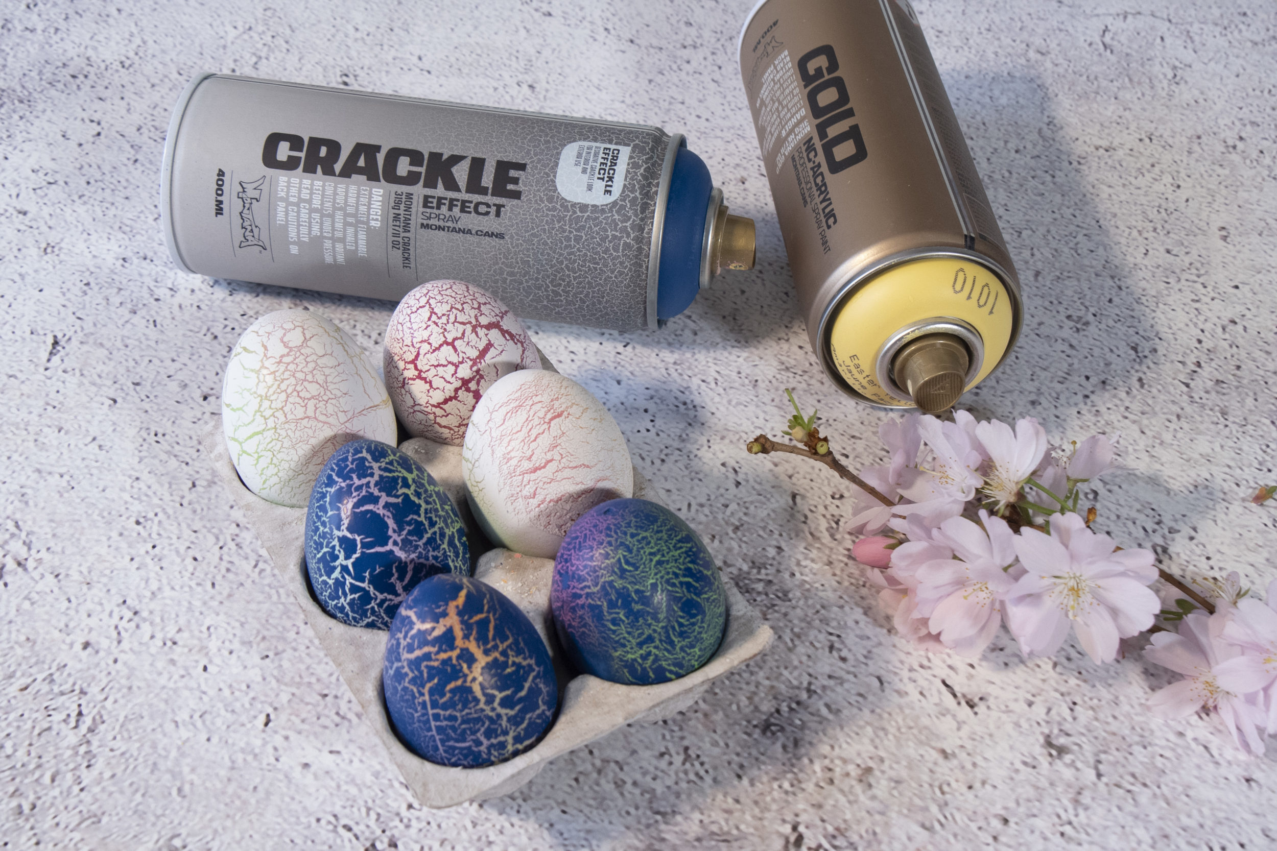 Crackle Effect Easter Eggs